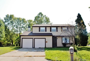 8307 Autumn Mill Ct 4 Beds House for Rent Photo Gallery 1