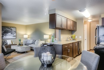 2831 SE Palmquist Road 1-3 Beds Apartment for Rent Photo Gallery 1