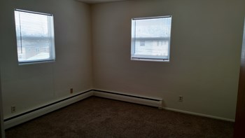 2907-2913 8th St N Studio-2 Beds Apartment for Rent Photo Gallery 1