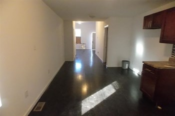 1715 N 27th St 5 Beds Apartment for Rent Photo Gallery 1