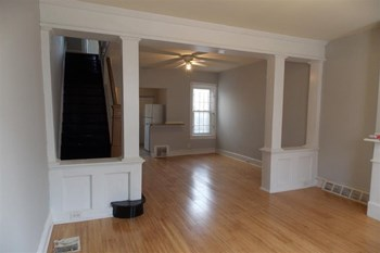 2211 N Gratz St 2 Beds Apartment for Rent Photo Gallery 1