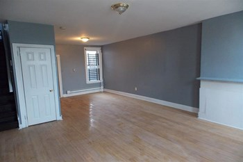 2213 N 11th St 3 Beds Apartment for Rent Photo Gallery 1