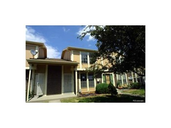 11905 E Canal Drive 3 Beds Apartment for Rent Photo Gallery 1