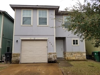 4947 S Cancun Dr 4 Beds House for Rent Photo Gallery 1