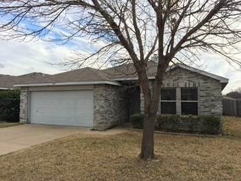 5717 Glenshee Dr 3 Beds House for Rent Photo Gallery 1