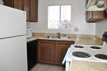 10112 Ashwood Street 1-3 Beds Apartment for Rent Photo Gallery 1