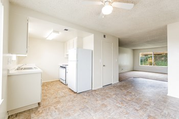 3250 Panorama Drive 1-3 Beds Apartment for Rent Photo Gallery 1