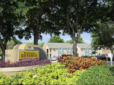 6050 34th Street West 1-2 Beds Apartment for Rent Photo Gallery 1