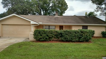 2485 Bucida Drive 3 Beds House for Rent Photo Gallery 1