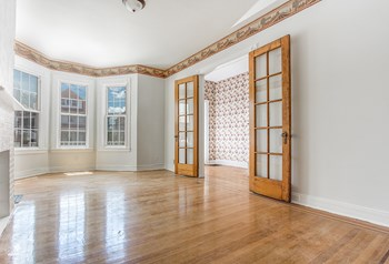 19 East 34th Street 5 Beds House for Rent Photo Gallery 1