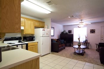 2722 Frankford Ave 1-2 Beds Apartment for Rent Photo Gallery 1