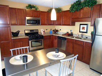 1255 Town Center Road 1-3 Beds Apartment for Rent Photo Gallery 1