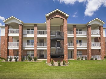 500 Admiral Way 1-2 Beds Apartment for Rent Photo Gallery 1