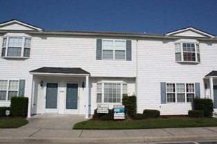 3813 Sterling Pointe Drive 2 Beds House for Rent Photo Gallery 1
