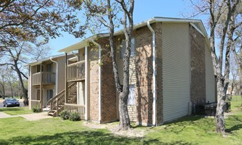 4220 Stathmore Dr 1-3 Beds Apartment for Rent Photo Gallery 1
