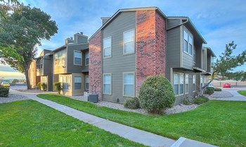 5800 Osuna Road NE 1-2 Beds Apartment for Rent Photo Gallery 1