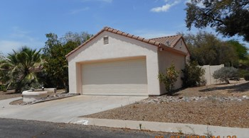 3500 W THUNDERCLOUD LOOP 3 Beds House for Rent Photo Gallery 1