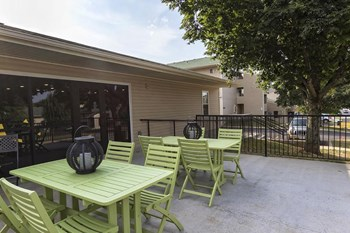 1654 S. Marion, 1-2 Beds Apartment for Rent Photo Gallery 1