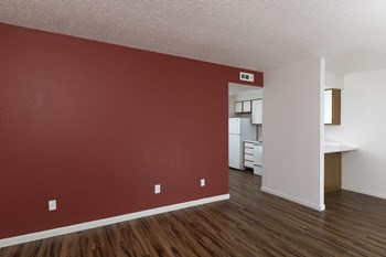 411 N Belview Ave 2 Beds Apartment for Rent Photo Gallery 1