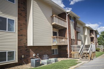 1073 S. Campbell 1-2 Beds Apartment for Rent Photo Gallery 1