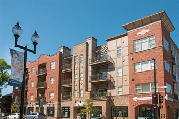 10 7th Avenue North 1-3 Beds Apartment for Rent Photo Gallery 1