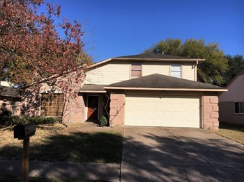 19834 Packwood Dr 3 Beds House for Rent Photo Gallery 1