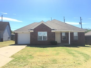 4551 Cedargreen Cove 3 Beds House for Rent Photo Gallery 1