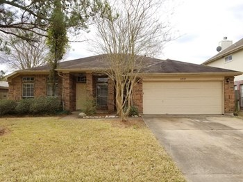 22527 Guston Hall Ln 4 Beds House for Rent Photo Gallery 1