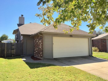 506 Stoneridge Dr 3 Beds House for Rent Photo Gallery 1