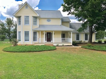 2762 Hunters Ct 3 Beds House for Rent Photo Gallery 1