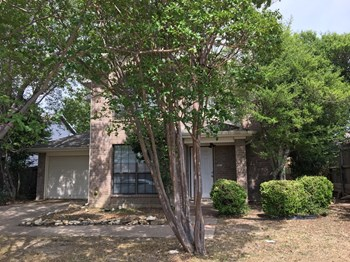 7412 Blackthorn Dr 3 Beds House for Rent Photo Gallery 1