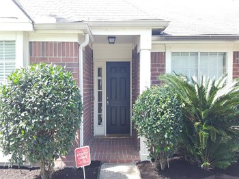 1638 Rushworth Dr 3 Beds House for Rent Photo Gallery 1