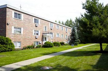 680 SMITH COURT 1-2 Beds Apartment for Rent Photo Gallery 1