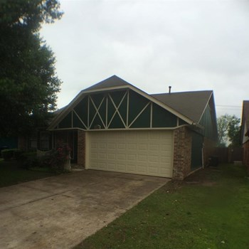 11041 N Eagle Ln 3 Beds House for Rent Photo Gallery 1