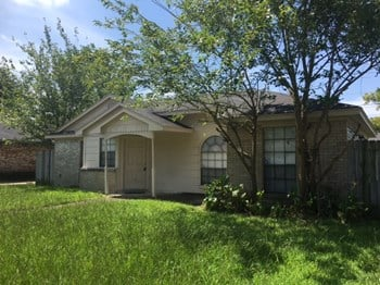 2215 Hazyknoll Ln 3 Beds House for Rent Photo Gallery 1