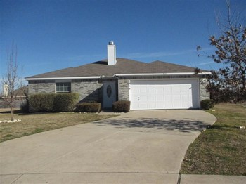 813 Huddleston Ct 3 Beds House for Rent Photo Gallery 1