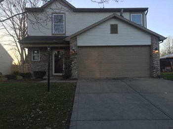 2838 Hazeltine Dr 3 Beds House for Rent Photo Gallery 1