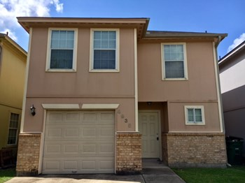 4935 N Cancun Dr 4 Beds House for Rent Photo Gallery 1