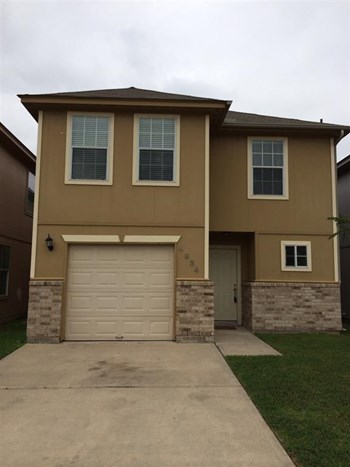 4934 S Cancun Dr 4 Beds House for Rent Photo Gallery 1