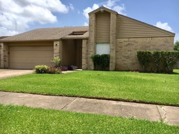 7515 Briar Run Ct 3 Beds House for Rent Photo Gallery 1