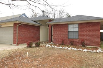 12817 Brandon Pl 3 Beds House for Rent Photo Gallery 1