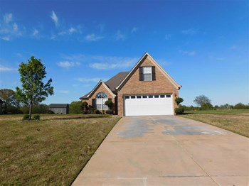6588 Anna May Dr 4 Beds House for Rent Photo Gallery 1