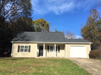 2639 Hencley Circle SW 3 Beds House for Rent Photo Gallery 1