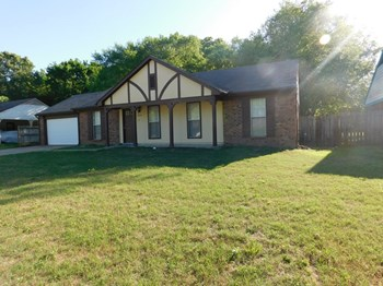 6635 Dunbarton Dr 3 Beds House for Rent Photo Gallery 1