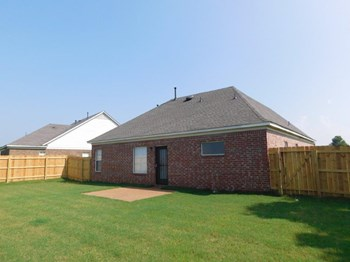 9165 Mallard Park Blvd 3 Beds House for Rent Photo Gallery 1