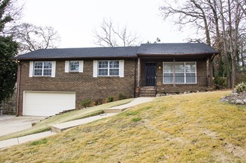 2540 Janice Circle NE 3 Beds House for Rent Photo Gallery 1