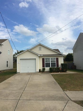 3004 Ewingdale Dr 3 Beds House for Rent Photo Gallery 1