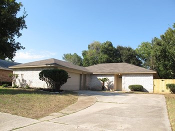 14214 Bateau Dr 3 Beds House for Rent Photo Gallery 1