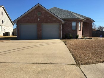 1506 Windsor Dr 3 Beds House for Rent Photo Gallery 1
