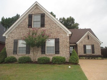 5690 Bedford Loop W 4 Beds House for Rent Photo Gallery 1